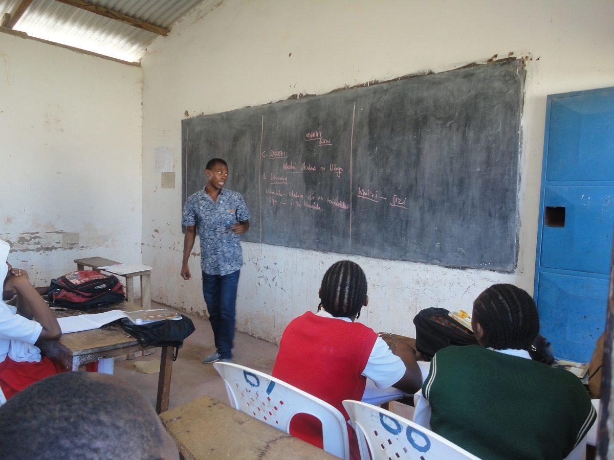 03-Oberschule-Stelle-Partnerschule-Kenia-1200x900-1200x900.jpg